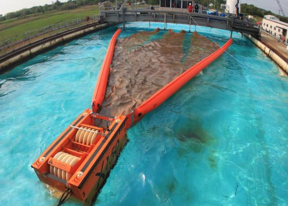Sabit ve Hareketli kullanılan Sıyırıcı / Skimmer petrol dökülmelerine müdahale çevre ekipmanları hidrokarbon yağ sıyırıcı